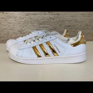 ADIDAS Superstar Sneakers EUC